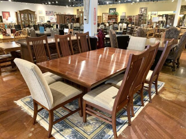 Lexington Mission Table with 8 Chairs & 2 Leaves