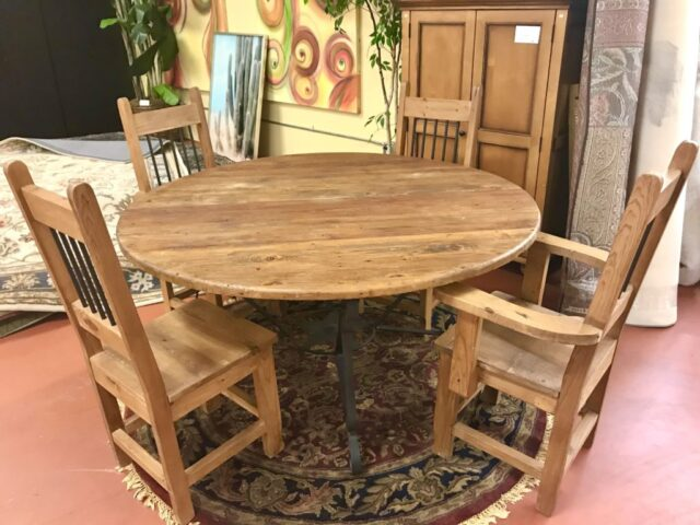 Round Rustic Table With 4 Chairs