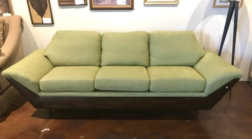 Flexsteel Thunderbird Sofa