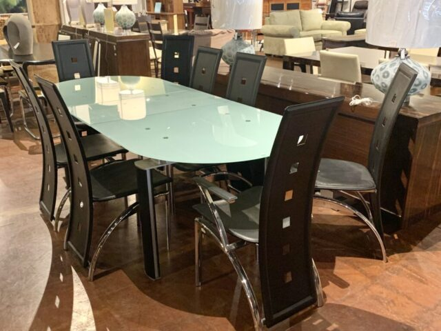 Modern Tables with 8 Chairs