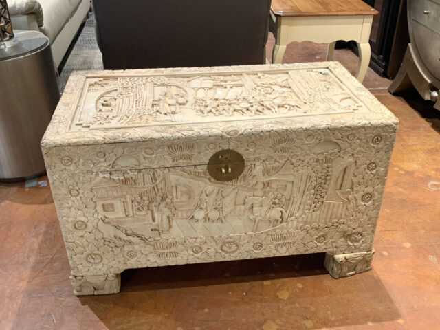 Asian Whitewash Trunk
