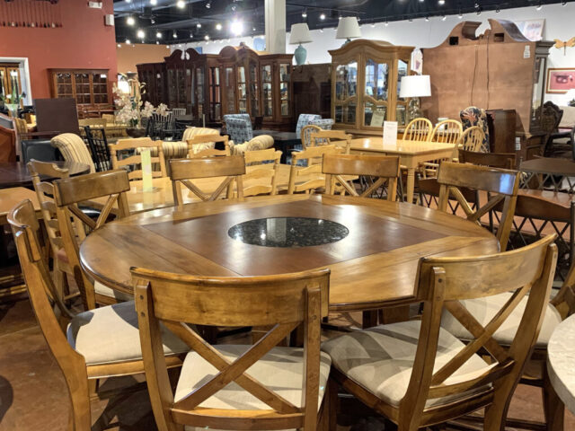 Pub Table with 8 Stools & Lazy Susan