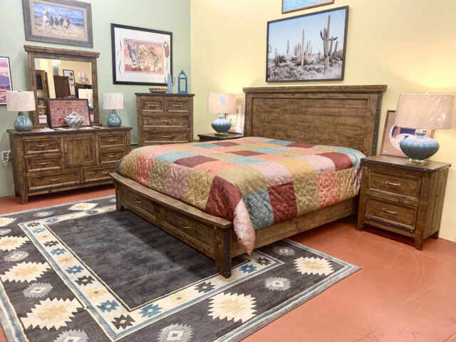 Horizon Home EK Bed with Dresser, Mirror & 2 Nightstands